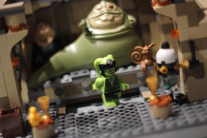 Lego-starwars_dance-for-jabba