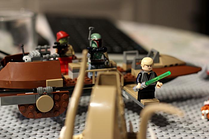 Lego-starwars_sarlacc-battle