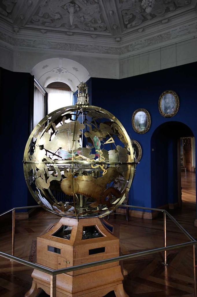 frederiks-borg-globe-celeste_01