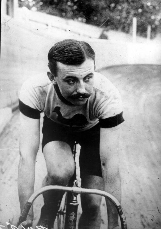Lucien Petit-Breton, 2 fois vainqueur du Tour de France en 1907 et 1908 - Source