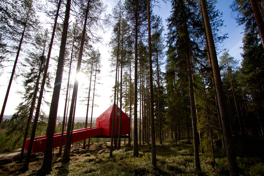 treehotel-blue-cone_2