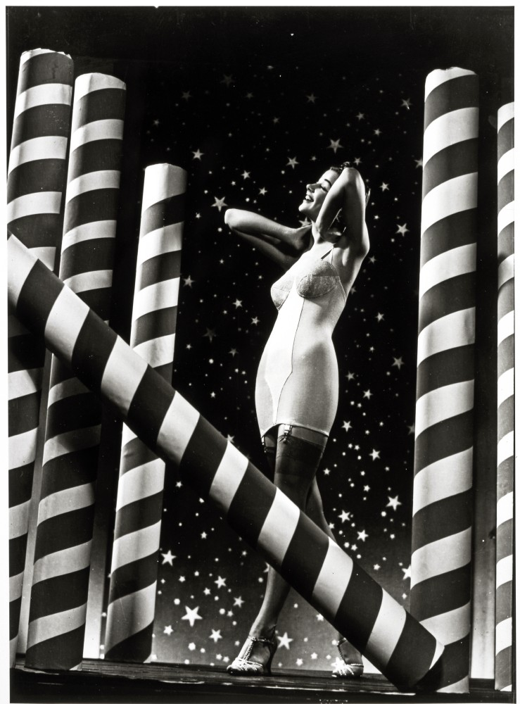 Carter Corsets, woman with stars and stripes background, 1938, George Eastman House