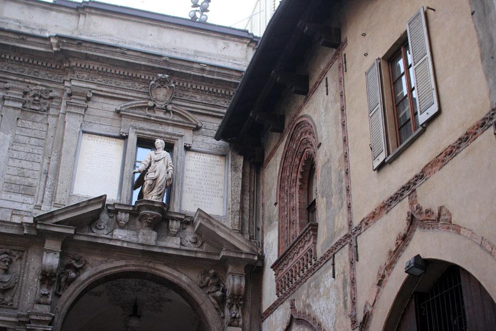 milano_facade_08