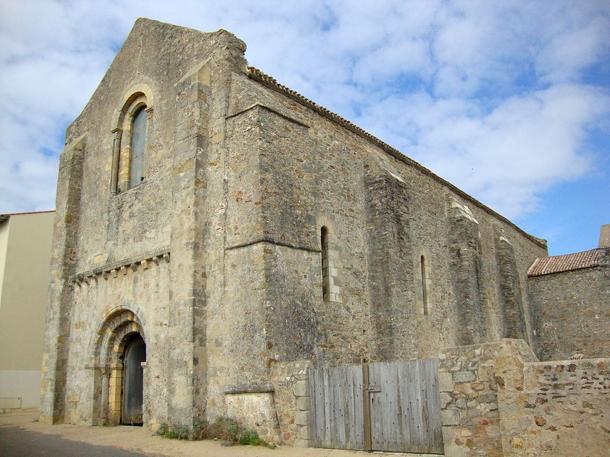 Abbaye de Saint-Jean d'Orbestier, Château-d'Olonne
