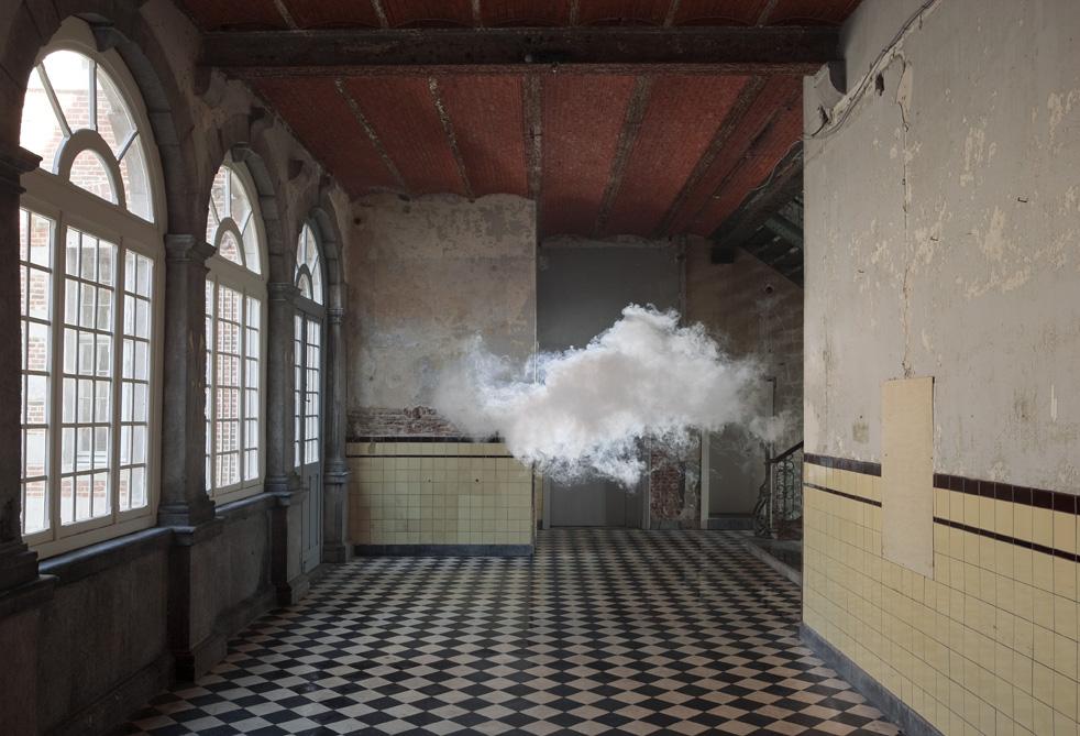 Un nuage dans la maison
