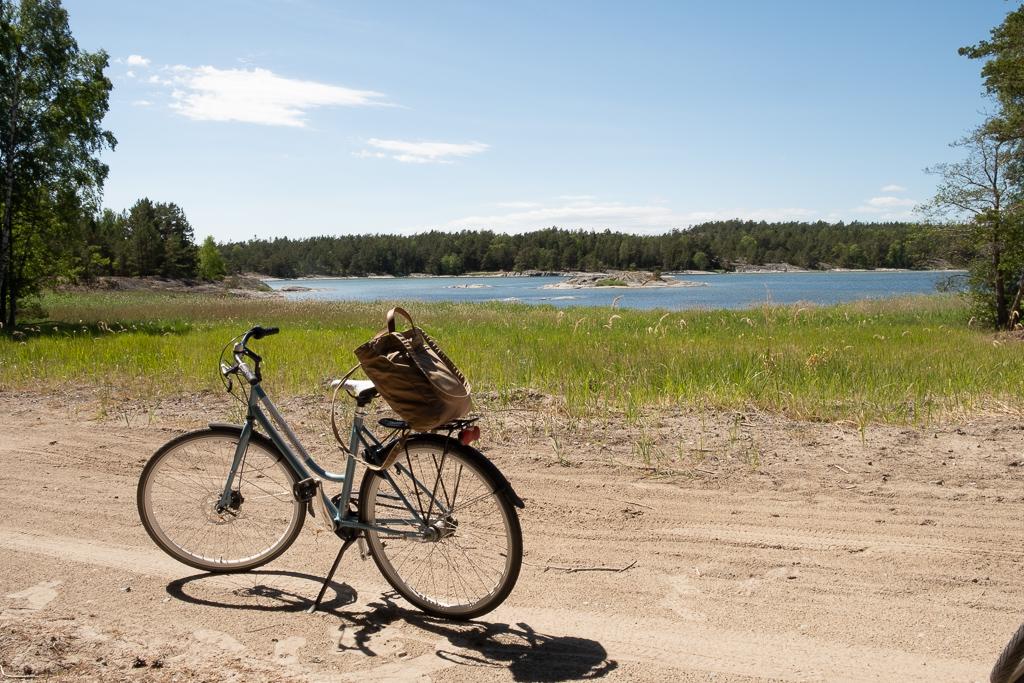 Vélo et paysages somptueux sur l'île d'Utö en Suède